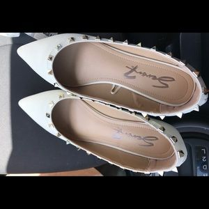 Seven7 women's pointed flats